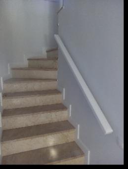 Pasamanos de pared barandas de escaleras en madera ortiz - Pasamanos de madera modernos ...